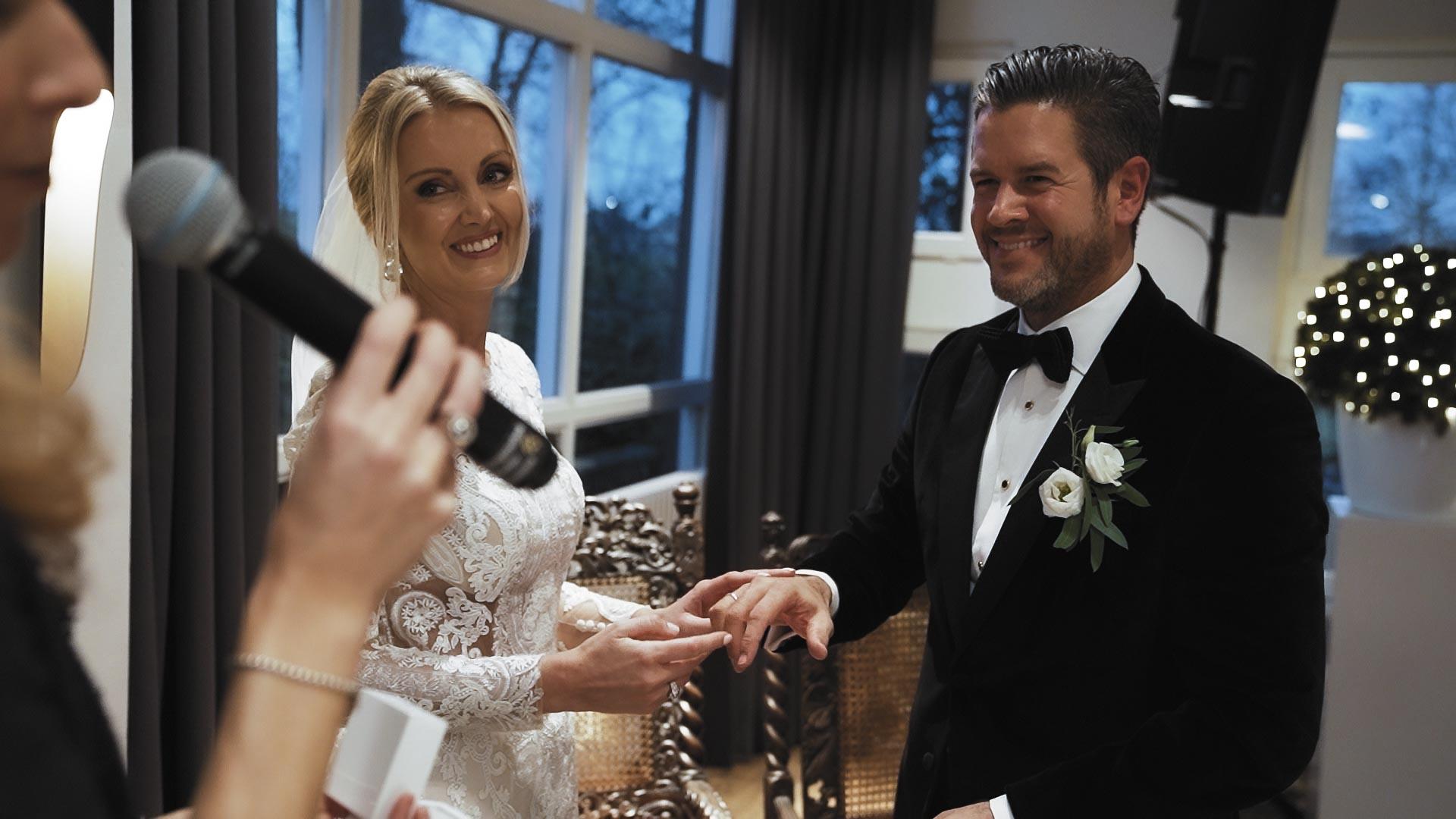 Chris & Anne Hochzeitsfilm Kasteel Vaalsbroek Niederlande Videograf Hochzeit Filmemacher045